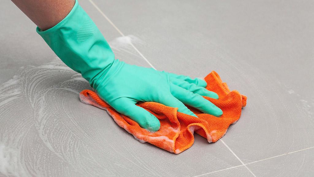 Como limpiar correctamente tus pisos de porcelanato sin dañarlos.