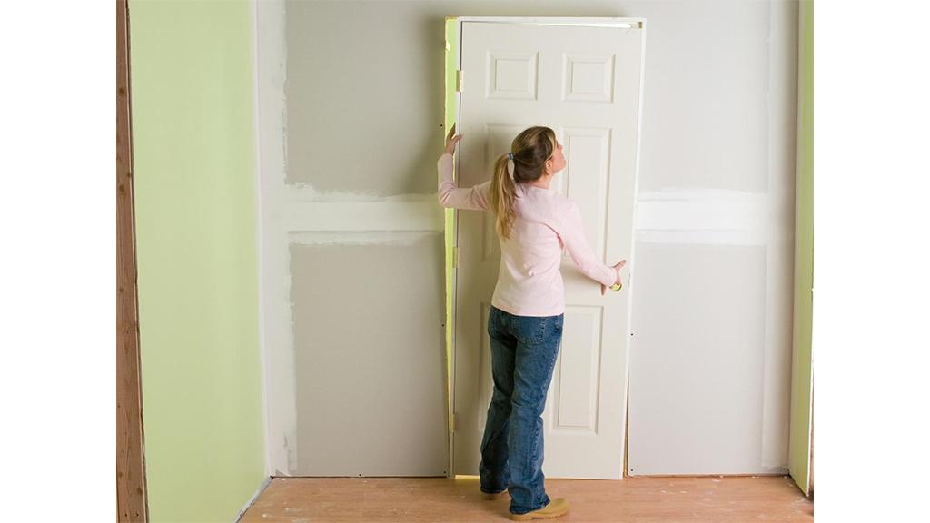 como instalar una puerta