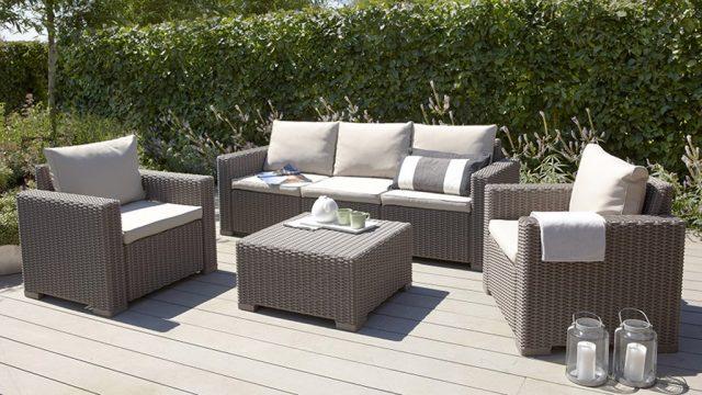 muebles-de-rattan-jardin