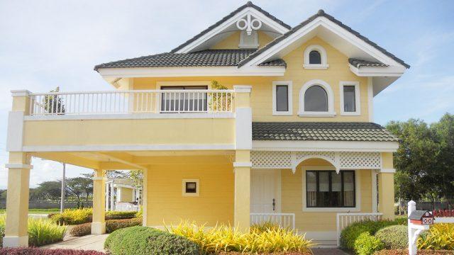 fachada-amarilla