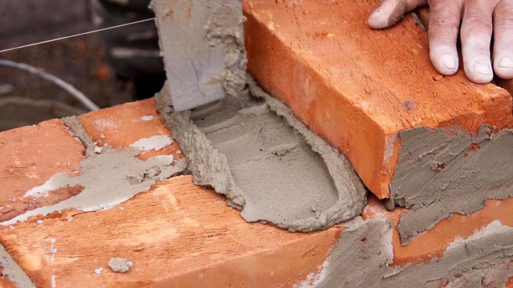 aplicar cemento mortero