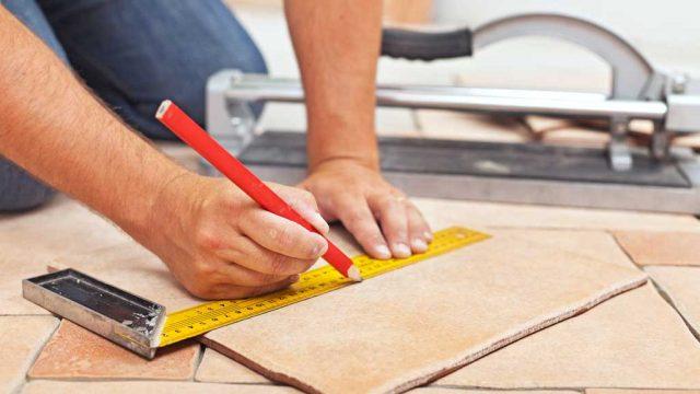 como cortar azulejo piso baldosa