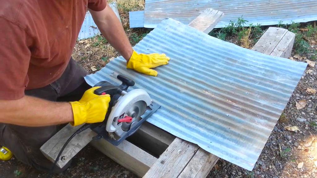como cortar metal