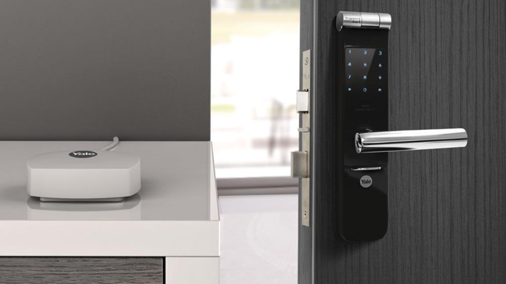 cerradura biometrica como opera y como instalarla