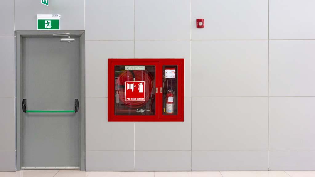 Puerta de emergencia