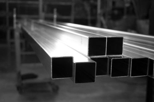 ¿Qué son los PTR de acero y los tubos cuadrados de aluminio?