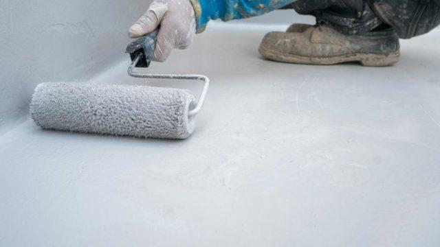 Cómo aplicar un impermeabilizante cementoso elastomérico