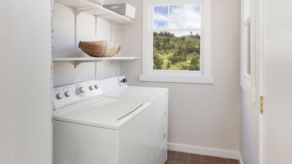 Beneficios de contar con una lavadora semiautomática en tu hogar