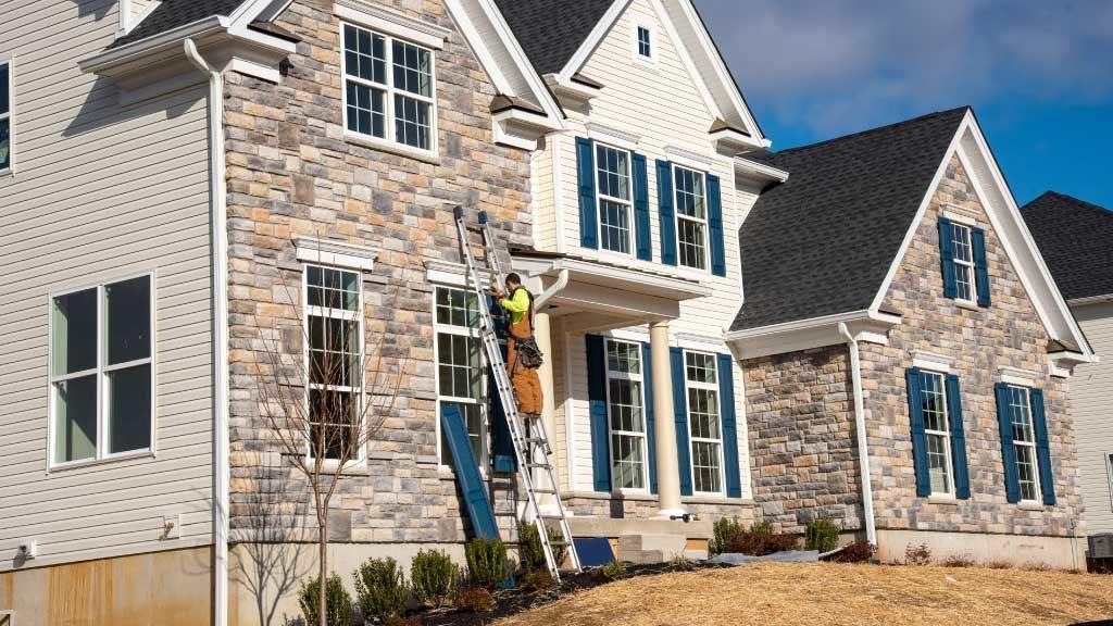 Como proteger una fachada de piedra contra la humedad