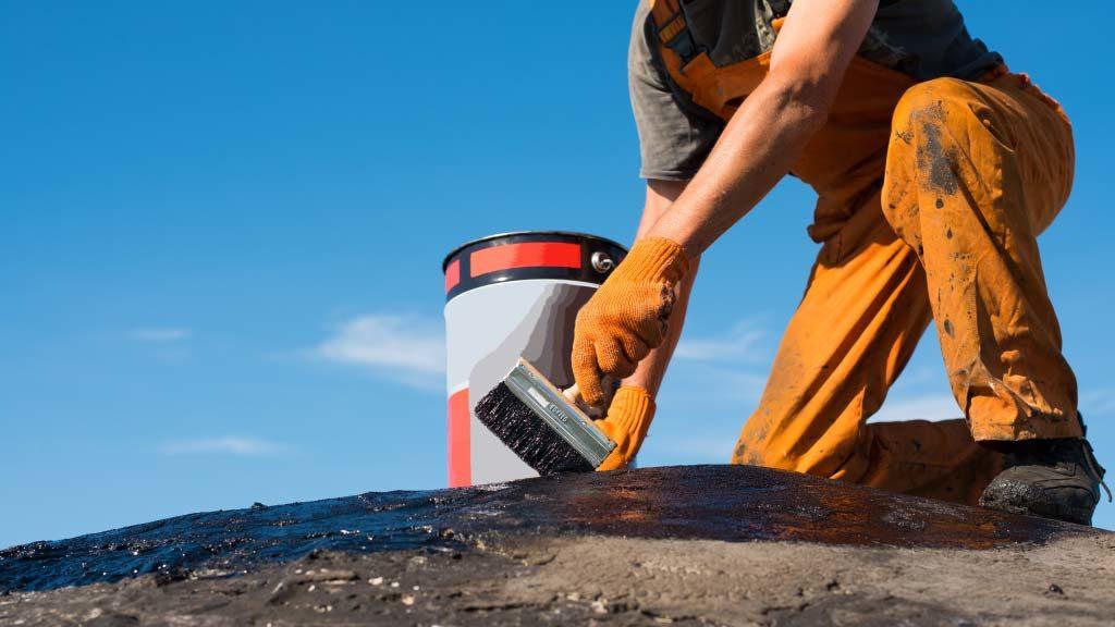 Como localizar y reparar las grietas en un techo3