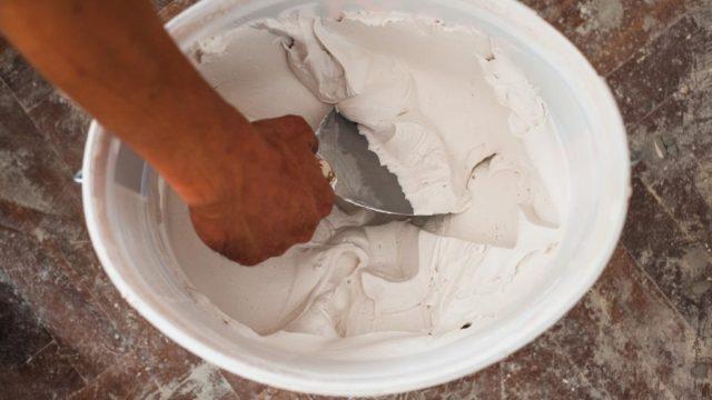 Importancia de elegir el adhesivo ideal para pisos y azulejos3